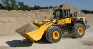 Komatsu WA480-6 Wheel Loader Service Repair Shop Manual