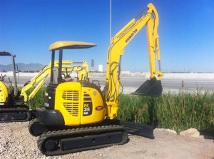 Komatsu PC35MR-2 Manual